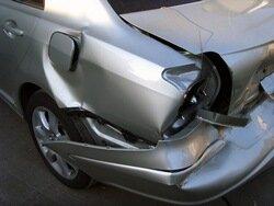Toyota Avensis - кузовной ремонт на стапеле, покраска авто
